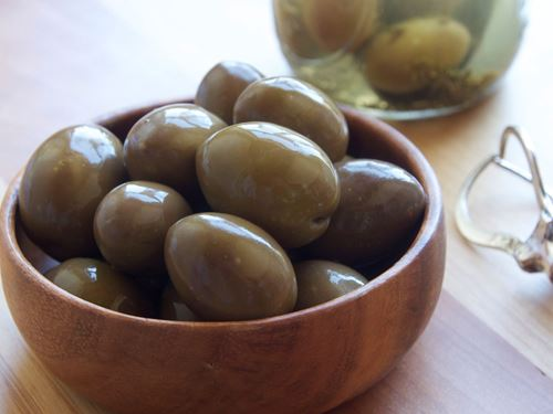 Picture of Good Faith Farm Raw Green Olives with Garlic and Oregano