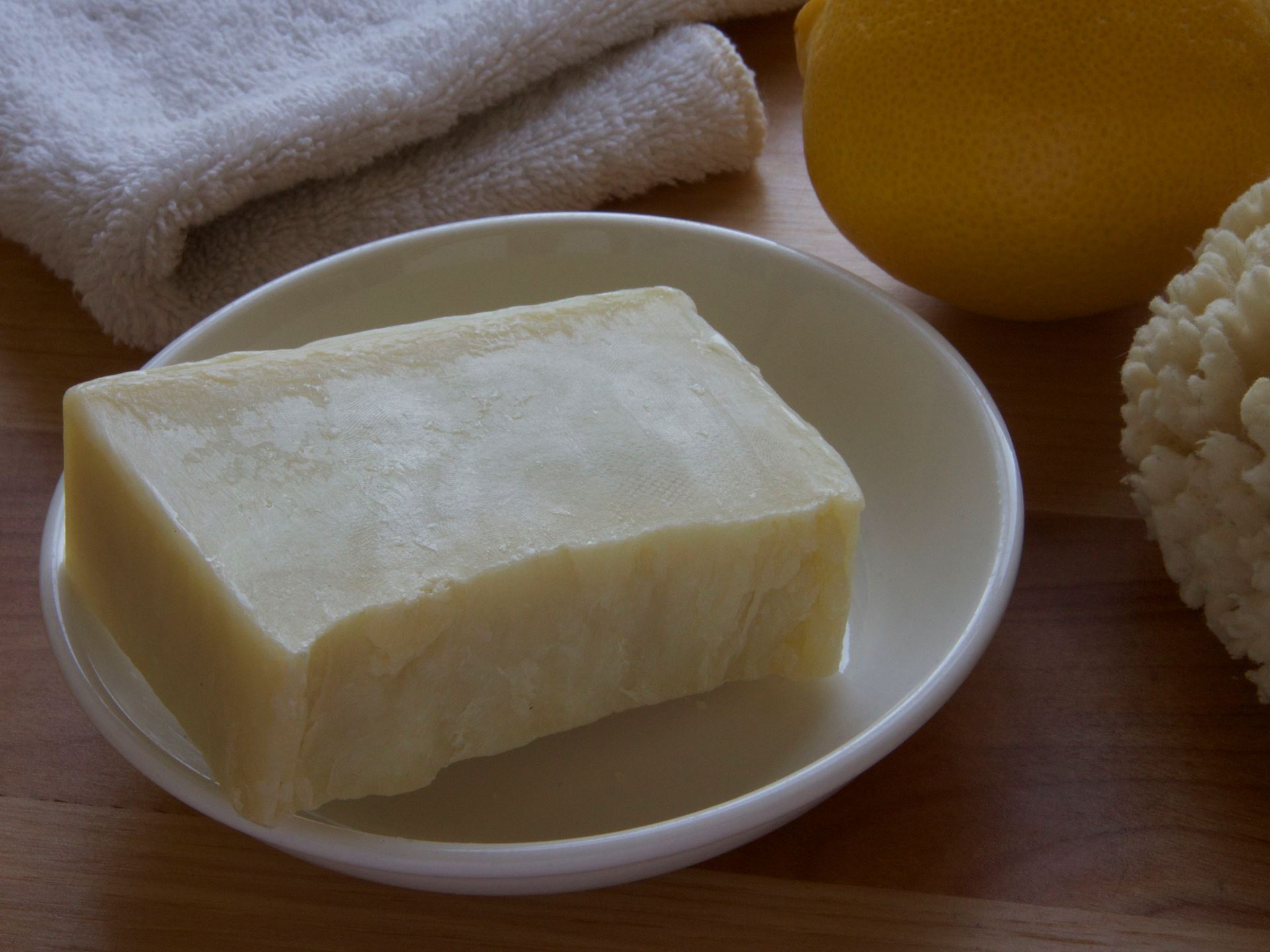 Picture of Bella Girl Citrus Burst Shampoo Bar
