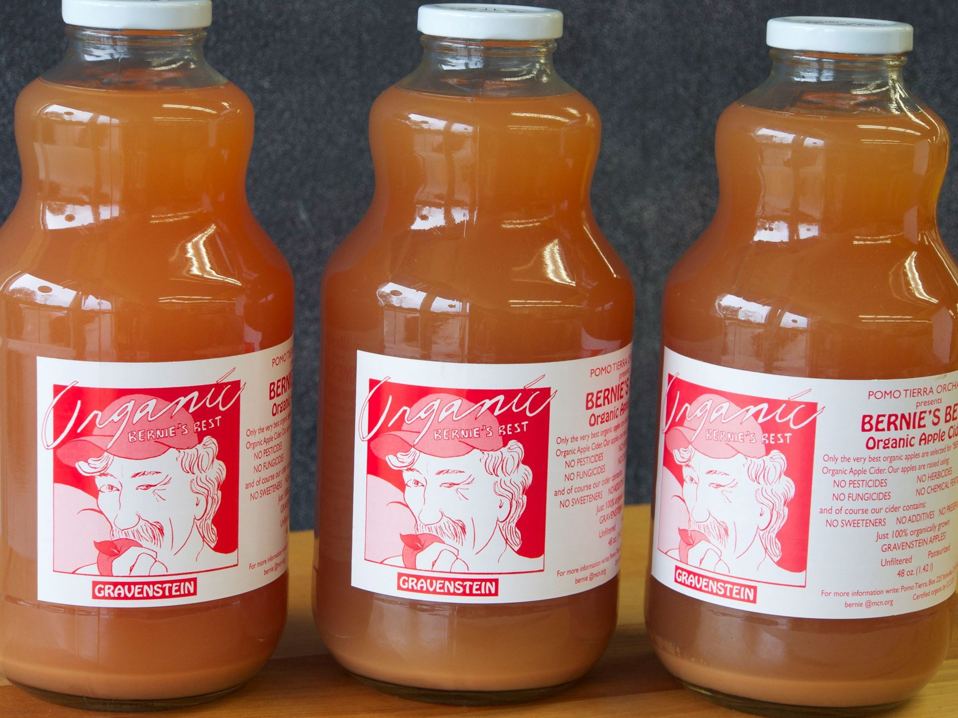 Picture of Bernie's Best Apple Cider 32 oz.