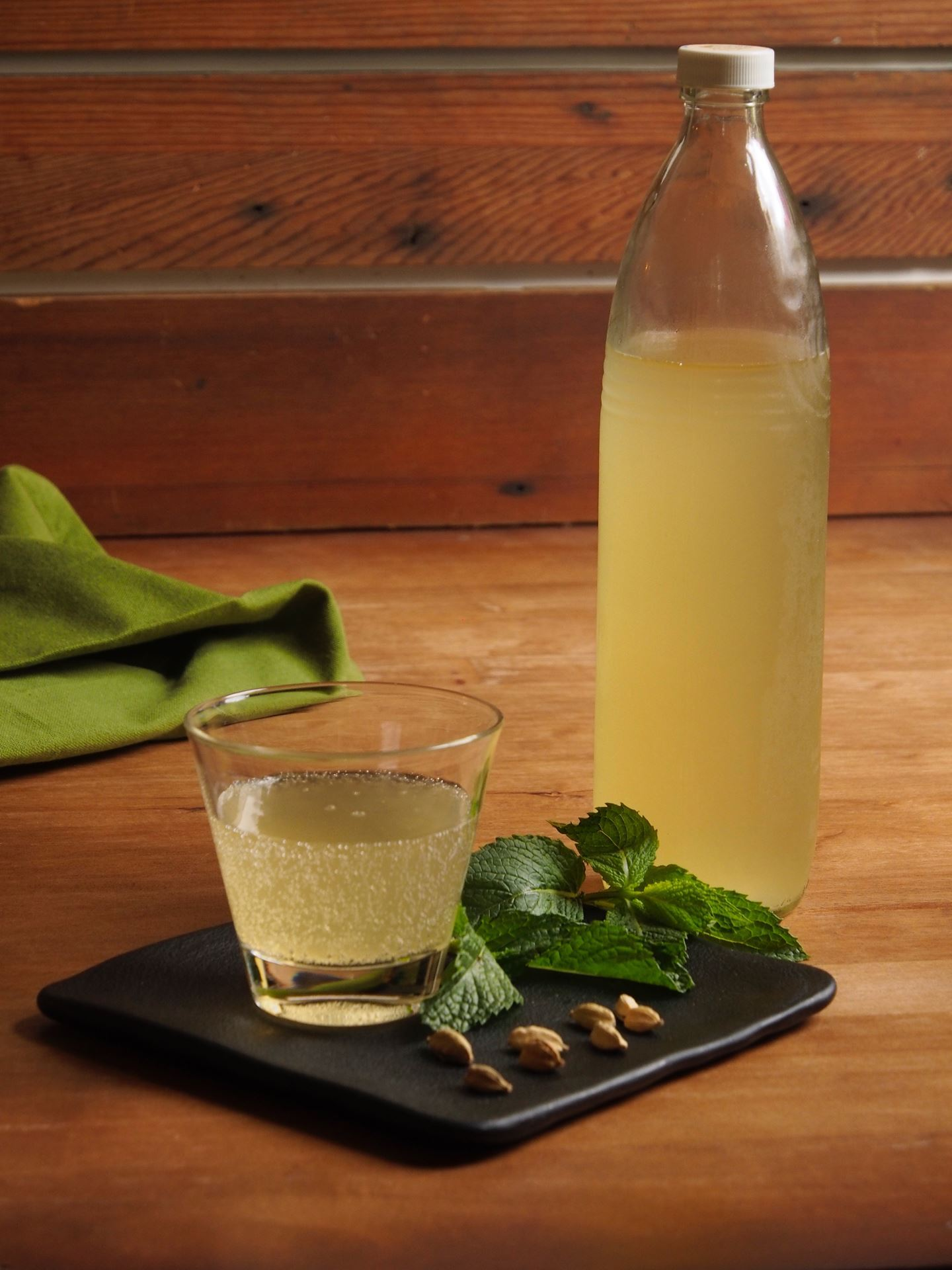 Picture of Cardamom Mint Kombucha