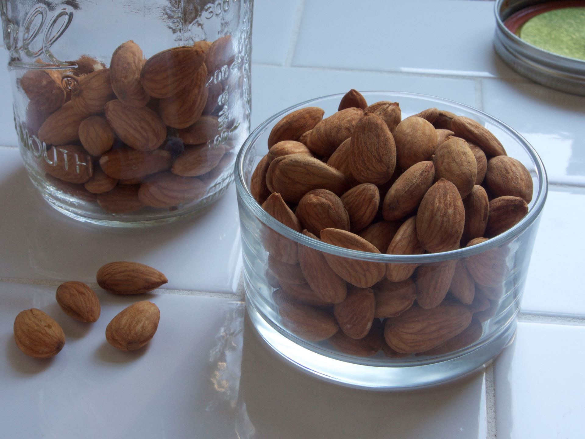 Picture of Crispy Almonds - BAG
